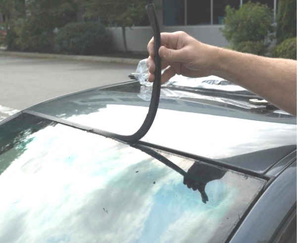 Bmw Diy How To Windshield Trim Gasket Replacement