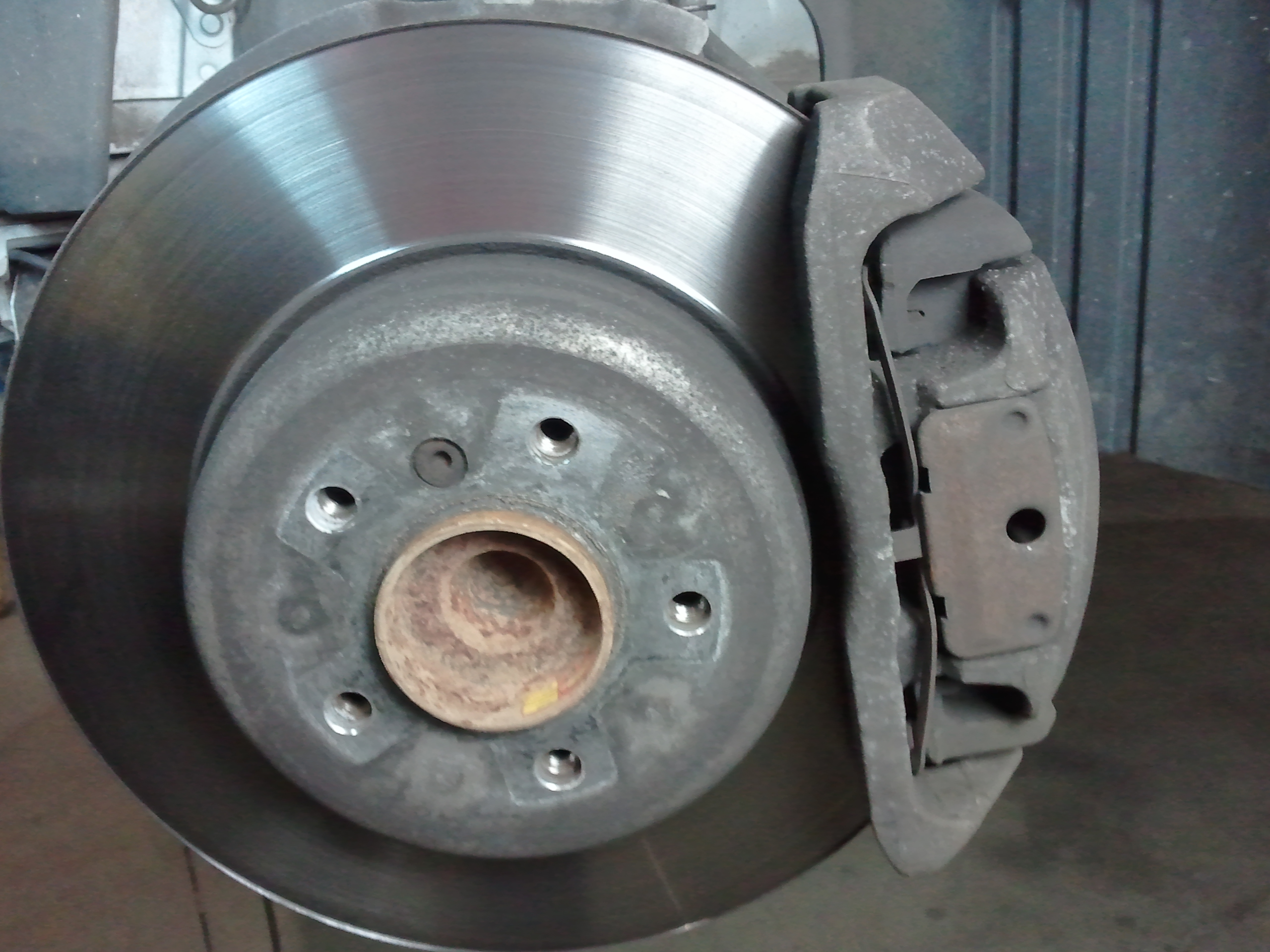 Bmw Diy Late Model Brake Pad And Rotor How To E90 E92
