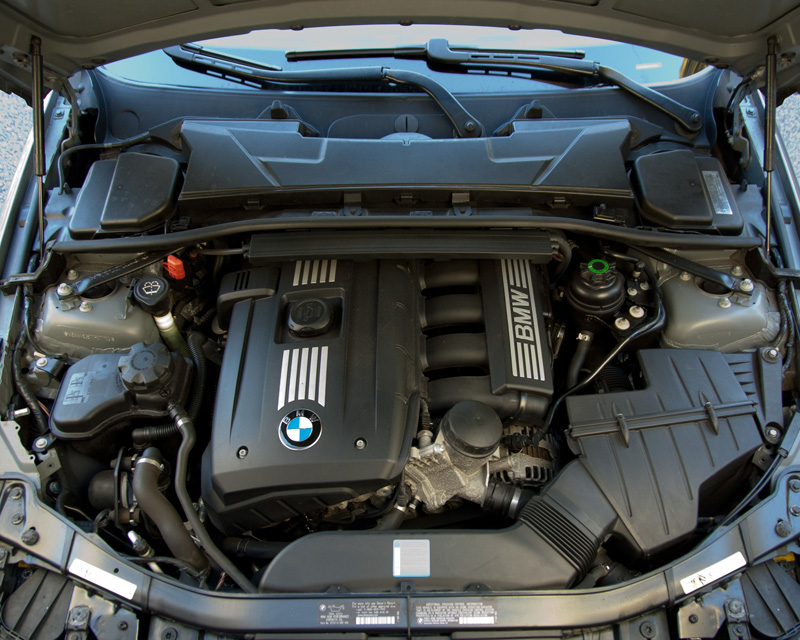 e46 oil filter location