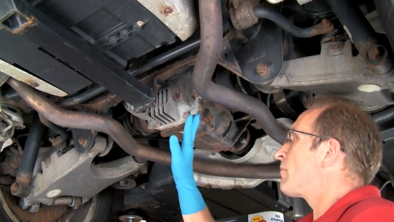 how to change rear end fluid
