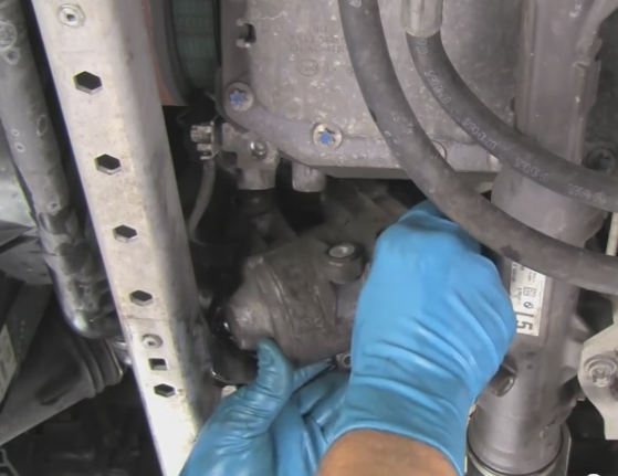 Bmw E70 X5 3 0si Electric Water Pump Replacement