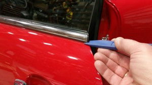 MINI Cooper 2nd generation window adjustment removing top door edge molding strip BAVauto
