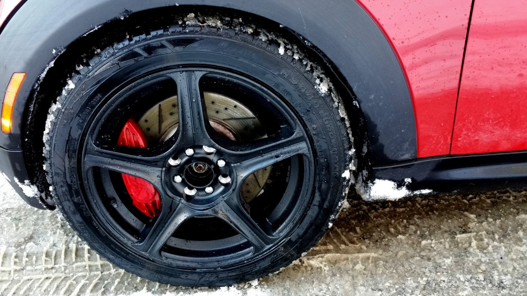 MINI Cooper or BMW wheel cleaned of snow so no vibration BAVauto