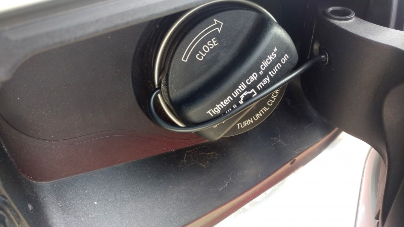 BMW F30 3 series fuel door won't close